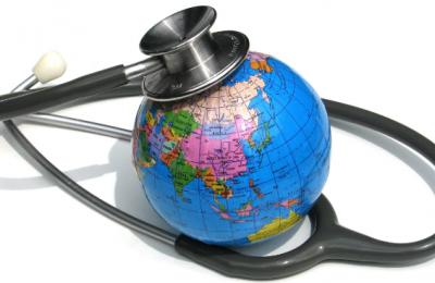 Voyage et santé : que faire en plus des vaccins pour partir à l'étranger ?